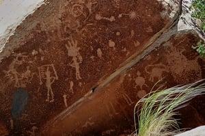petroglyph-55507_640.jpg